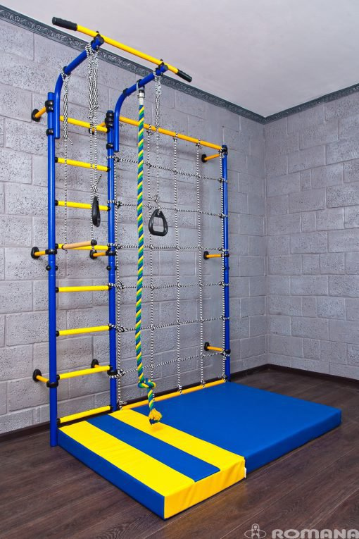 wall_mounted_pole_for_children
