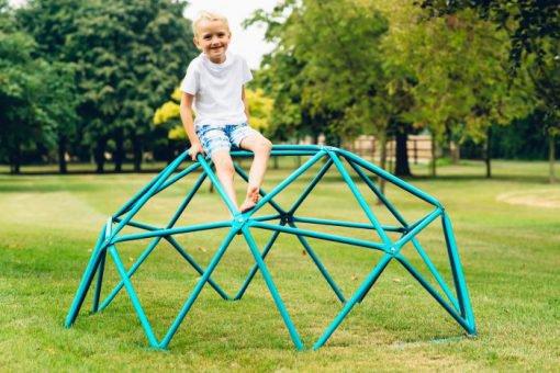 climbing_dome_medium_in_garden
