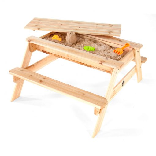 sandpit_with_bench