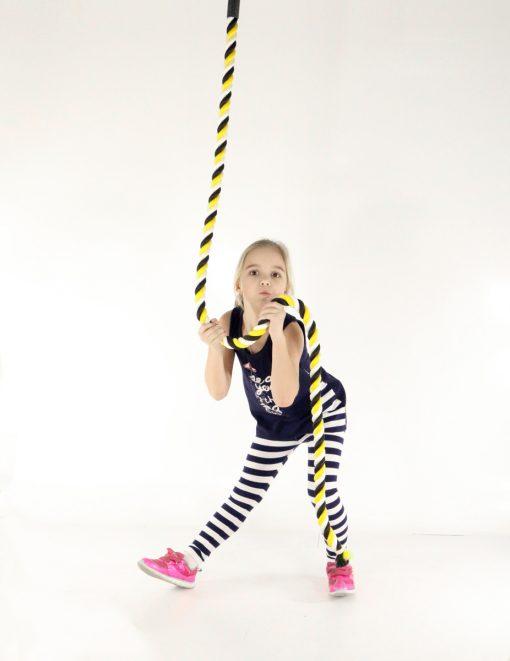zumi_gym_climbing_rope_yellow_kid