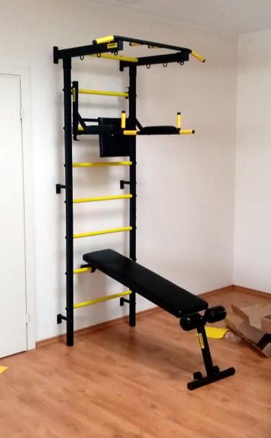 metal_wall_bars_gladiator_powerful_training